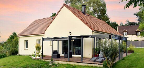 Maison de plain-pied traditionnelle en L à Fresnoy-Le-Luat (60) !