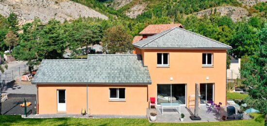 Maison traditionnelle à étage partiel de 147 m² près de Gap (05) !